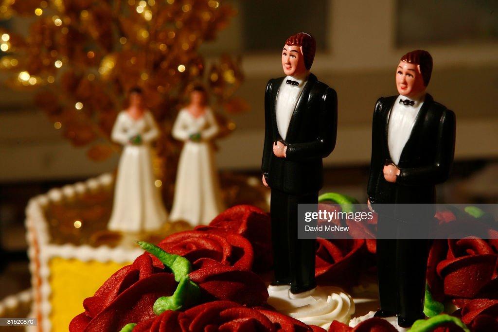 Califormia Prepares For Flood Of Gay Weddings : Nachrichtenfoto