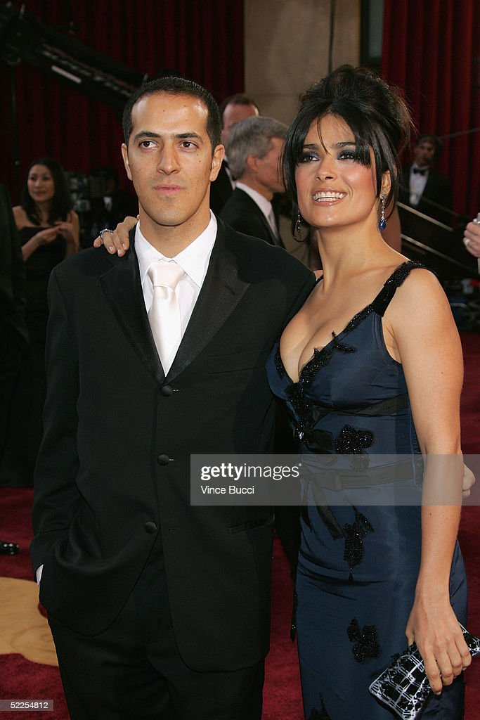 Sami Hayek and sister, actress Salma Hayek, arrive at the 77th Annual Academy Awards at the Kodak Theater on February 27, 2005 in Hollywood, California.