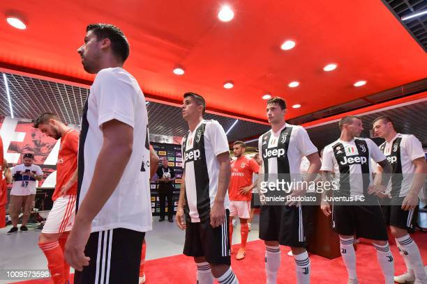Sami Khedira Joao Cancelo Mattia Caldara Federico Bernardeschi and Andrea Favilli during the International Champions Cup 2018 match between Benfica...