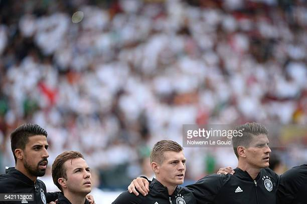 Sami Khedira Mario Gotze Toni Kroos and Mario Gomez of Germany during the UEFA EURO 2016 Group C match between Northern Ireland and Germany at Parc...