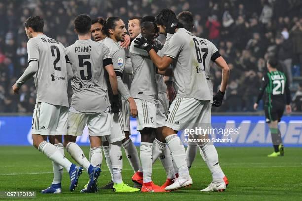 Sami Khedira of Juventus celebrates after scoring the opening goal during the Serie A match between US Sassuolo and Juventus at Mapei Stadium Citta'...