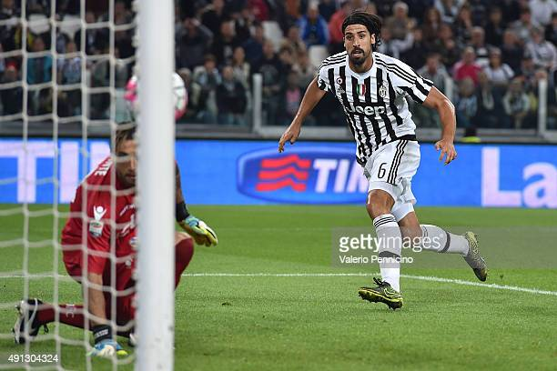 Sami Khedira of Juventus FC scores a goal during the Serie A match between Juventus FC and Bologna FC at Juventus Arena on October 4, 2015 in Turin,...