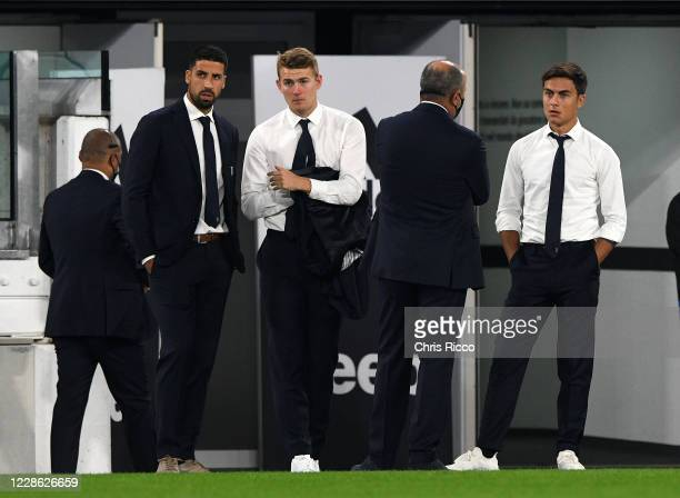 Sami Khedira of Juventus Matthijs de Ligt of Juventus and Paulo Dybala of Juventus during the Serie A match between Juventus and UC Sampdoria at...