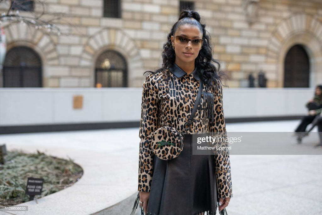 Street Style - New York Fashion Week February 2019 - Day 3 : Photo d'actualité