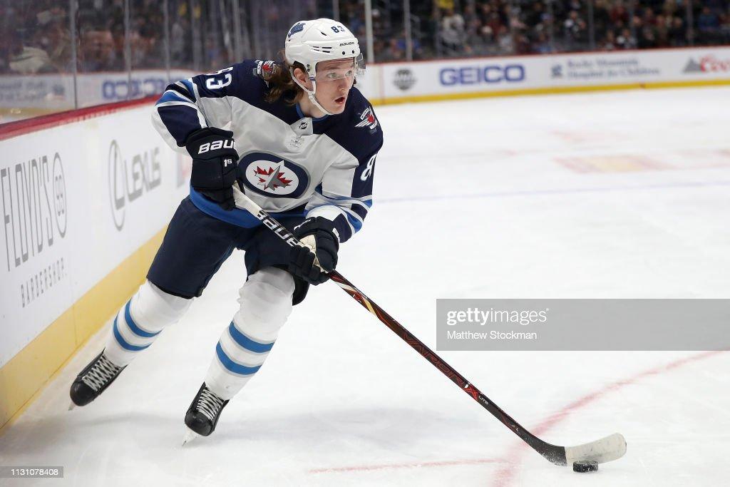 Winnipeg Jets v Colorado Avalanche : News Photo