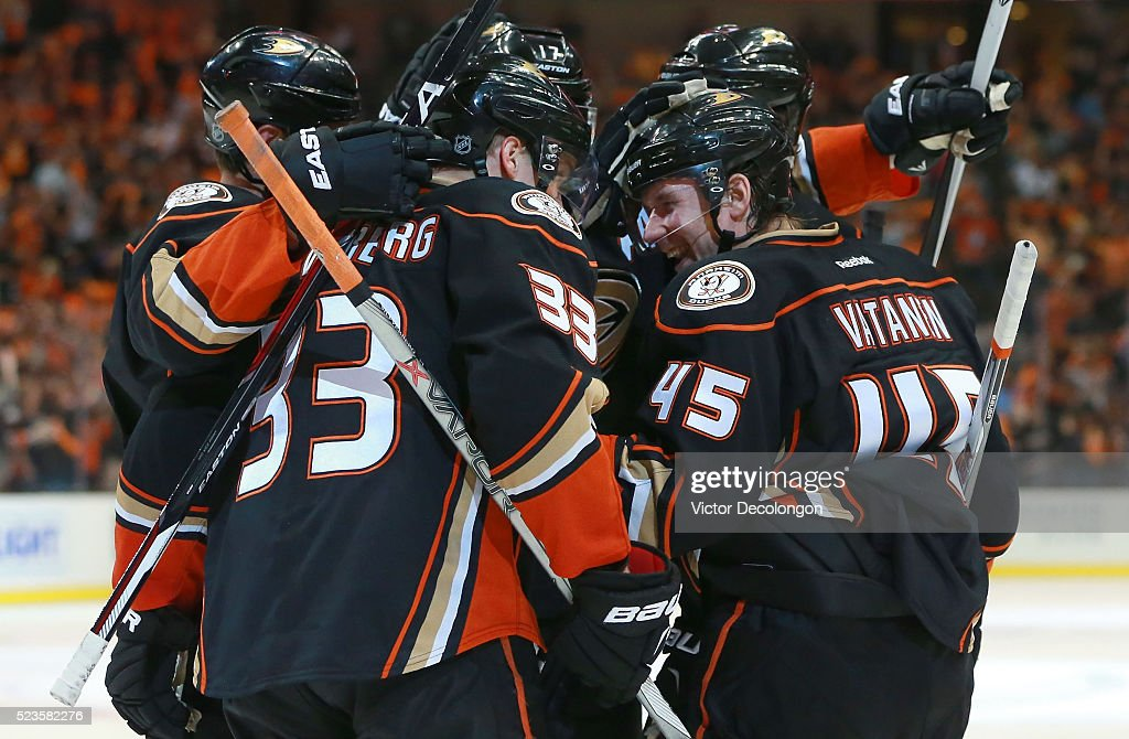 Sami Vatanen #45 of the Anaheim Ducks smiles as he celebrates with Jakob Silfverberg #33 and his Ducks teammates after scoring on a breakaway against goaltender Pekka Rinne #35 of the Nashville Predators (not in photo) in the third period of Game Five of the Western Conference First Round during the 2016 NHL Stanley Cup Playoffs at Honda Center on April 23, 2016 in Anaheim, California. Vatanen's goal was the eventual game-winning goal.