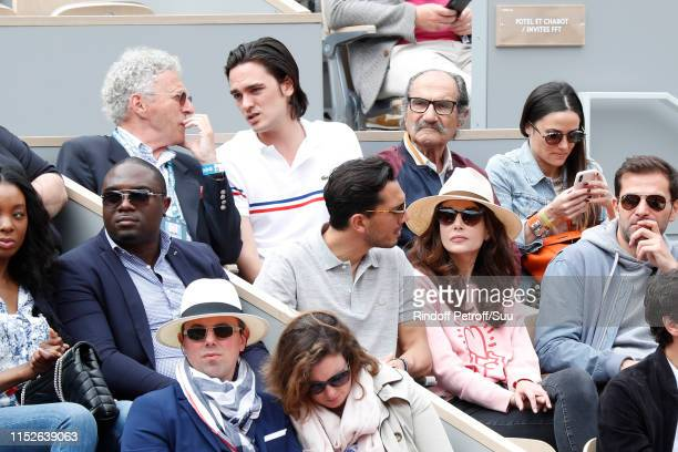 Samir Boitard Louise Monot Nelson Monfort AlainFabien Delon and Gerard Hernandez attend the 2019 French Tennis Open Day Five at Roland Garros on May...