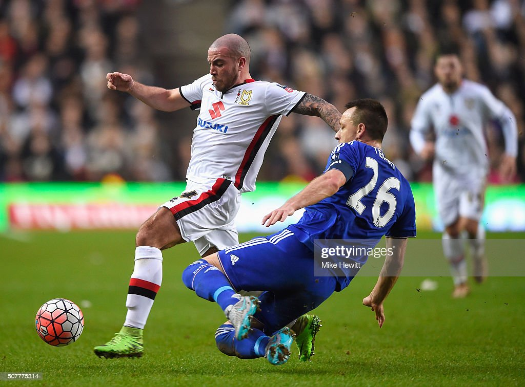 Milton Keynes Dons v Chelsea - The Emirates FA Cup Fourth Round : News Photo