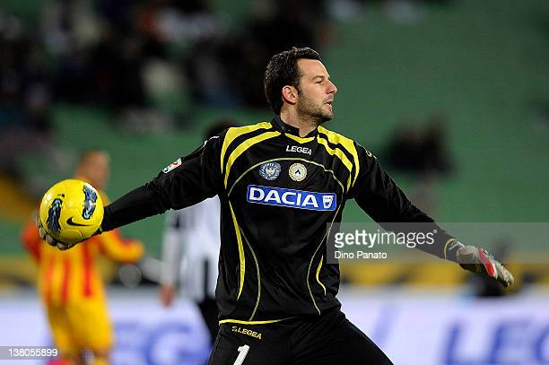 Samir Handanovic goal kepeer of Udinese in action during the Serie A match between Udinese Calcio and US Lecce at Stadio Friuli on February 1 2012 in...