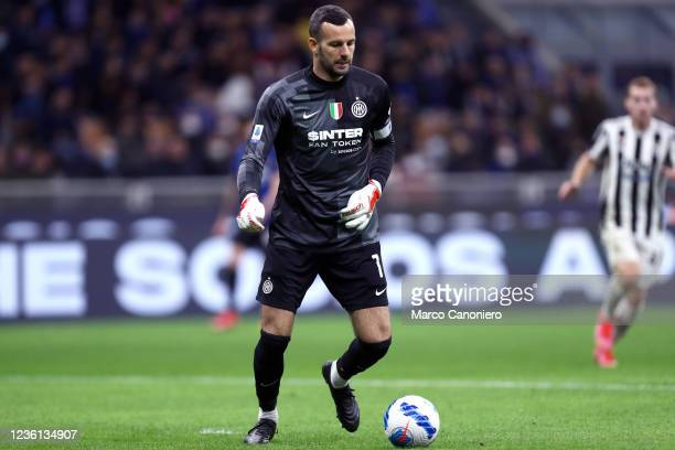 Samir Handanovic of Fc Internazionale in action during the Serie A match between Fc Internazionale and Juventus Fc. The match ends in a tie 1-1.