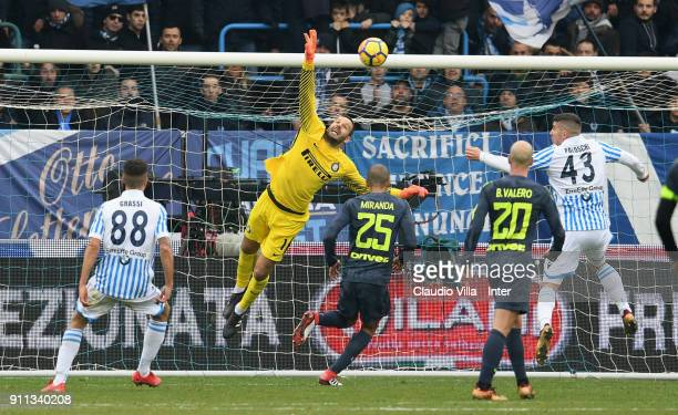 Samir Handanovic of FC Internazionale in action during the serie A match between Spal and FC Internazionale at Stadio Paolo Mazza on January 28 2018...
