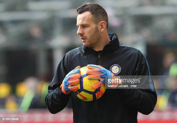 Samir Handanovic of FC Internazionale warms up ahead of the serie A match between FC Internazionale and Bologna FC at Stadio Giuseppe Meazza on...