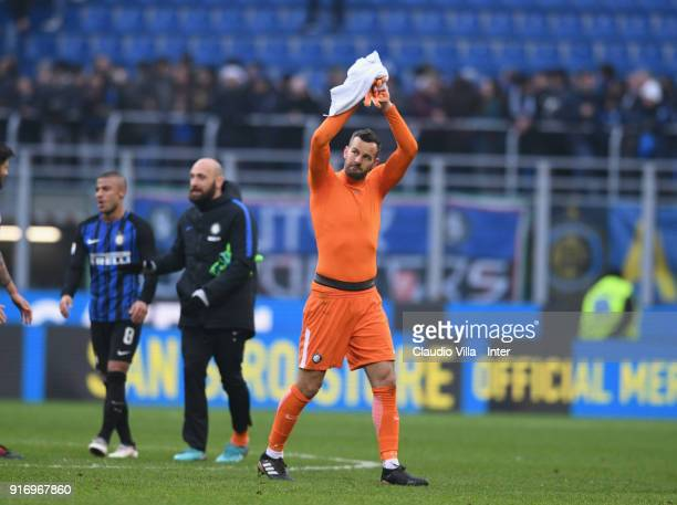 Samir Handanovic of FC Internazonale celebrate the win at the end of the serie A match between FC Internazionale and Bologna FC at Stadio Giuseppe...