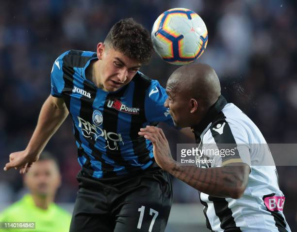 Samir of Udinese Calcio jumps for the ball against Roberto Piccoli of Atalanta BC during the Serie A match between Atalanta BC and Udinese at Stadio...