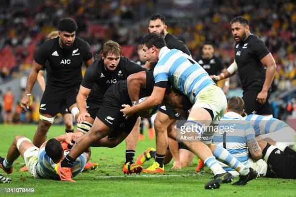 Samisoni Taukei'aho of the All Blacks is tackled during The Rugby Championship match between the Argentina Pumas and the New Zealand All Blacks at...