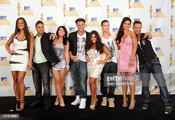 Sammi Giancola, Ronnie 'Fist Pump Brah' Magro, Angelina 'Jolie' Pivarnick, Pauly Del Vecchio, Nicole 'Snooki' Polizzi, Vinny Guadagnino, Jenni...