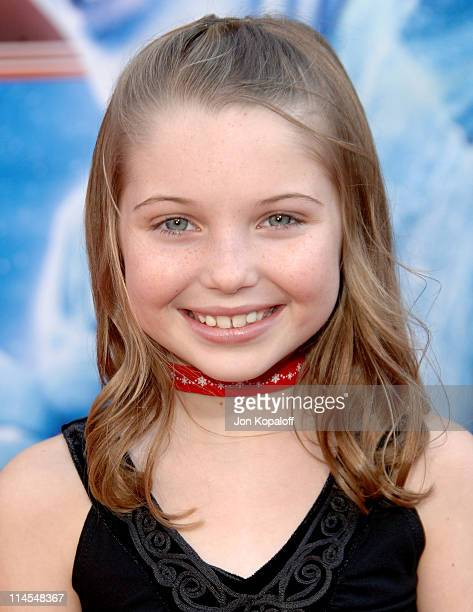 Sammi Hanratty during 'Santa Clause 3 The Escape Clause' Los Angeles Premiere Arrivals at El Capitan Theatre in Hollywood California United States