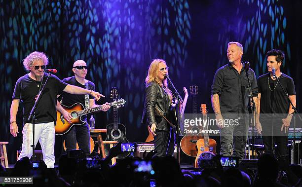 Sammy Hagar Joe Satriani Melissa Etheridge James Hetfield and Pat Monahan perform at the 3rd Annual Acoustic4ACure concert a Benefit for the...