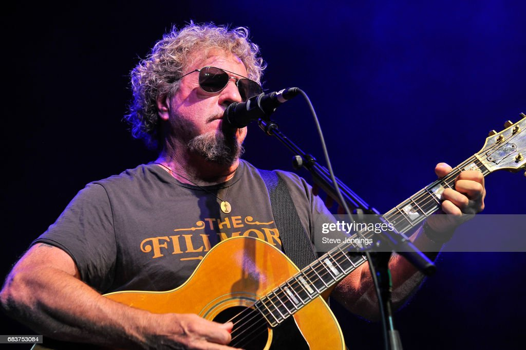 4th Annual Acoustic-4-A-Cure Benefit Concert : News Photo