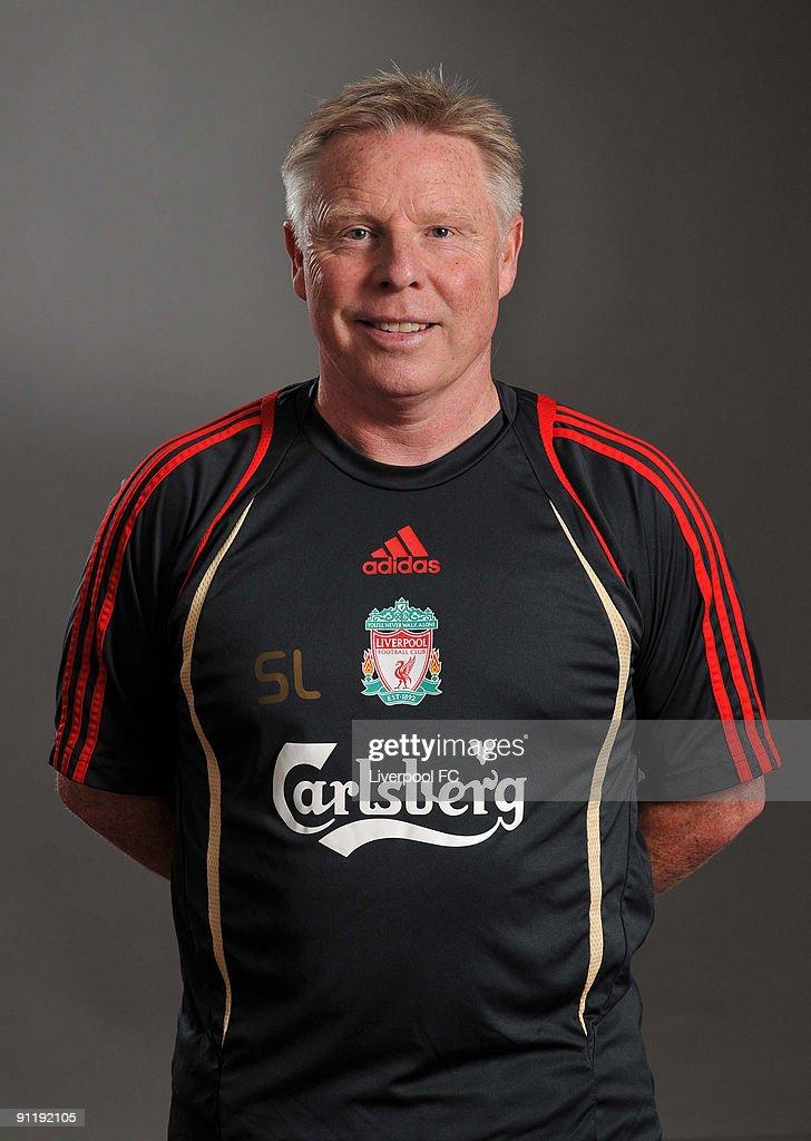 Liverpool FC Portraits - 2009/2010 Season