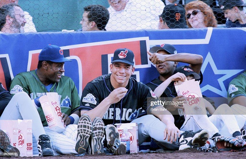 1998 MLB All-Star Home Run Derby : News Photo