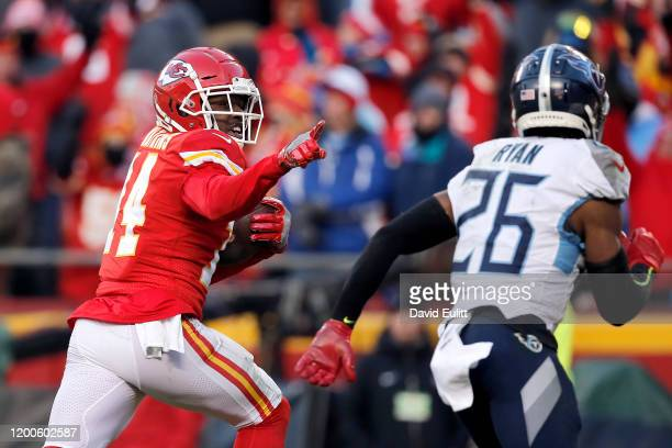 Sammy Watkins of the Kansas City Chiefs catches a 60 yard touchdown pass in the fourth quarter against the Tennessee Titans in the AFC Championship...