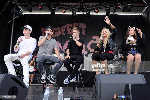 Sammy Wilkinson Jack Gilinsky Jack Johnson Alli Simpson and Stella Hudgens speaking on the Mudd Stage at Digifest on June 6 2015 in New York City