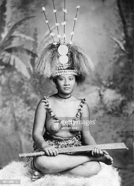 Portrait of a Samoan woman with headdress and necklace probably in the 1910s