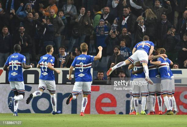 Sampdoria players celebrate afetr score Gregoire Defrel during the Serie A match between UC Sampdoria and AC Milan at Stadio Luigi Ferraris on March...
