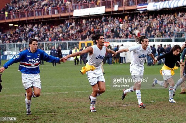 Sampdoria players celebrate after scoring during the Serie A match between Sampdoria and Inter at the Luigi Ferraris stadium on February 8 2004 in...