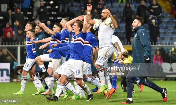 Sampdoria players celebrates the victory at end of the Serie A match between UC Sampdoria and Pescara Calcio at Stadio Luigi Ferraris on March 4 2017...
