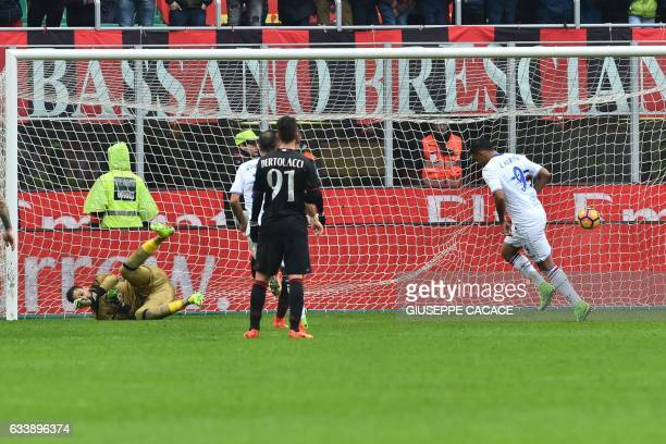 Sampdoria's Colombian forward Luis Fernando Muriel Fruto scores a penalty during the Italian Serie A football match AC Milan vs Sampdoria at 'San...