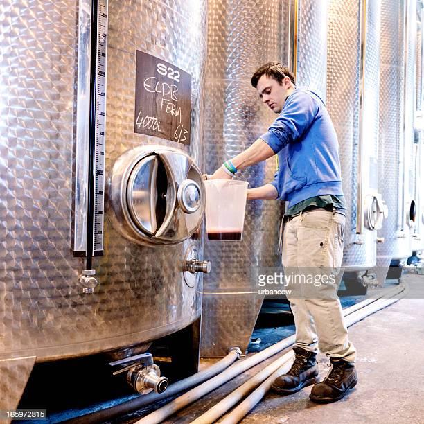 Probieren Sie von fermentation tanks