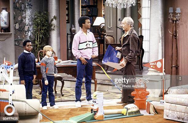 RENT STROKES Sam's Big Brother Season Eight 1/24/86 Tensions erupted when Arnold gets jealous when Sam spends more time with Willis and he's the odd...