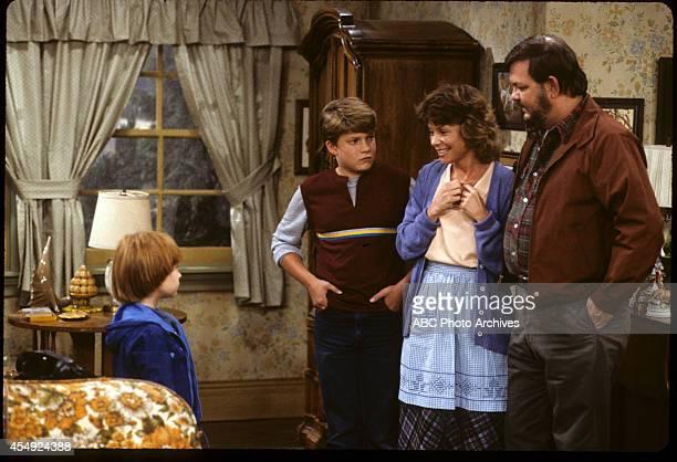 RENT STROKES 'Sam's Missing' Airdate September 27 1985 DANNY