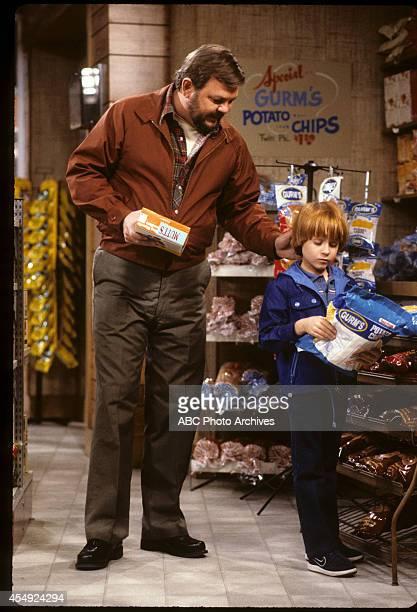RENT STROKES 'Sam's Missing' Airdate September 27 1985 ROYCE