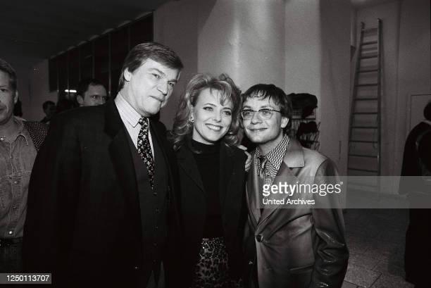 50 RTL Samstag Nacht TV Show 1995 AfterShowParty Jochen Busse Eva Herman und Wigald Boning