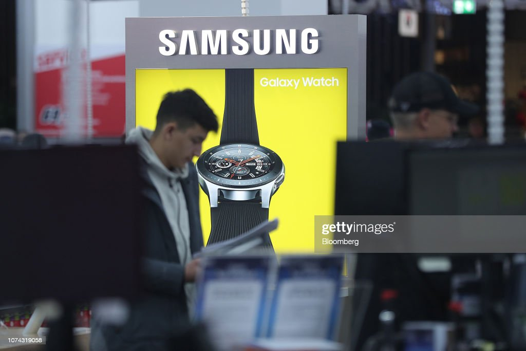Media Markt Electronics Store Ahead of Earnings : News Photo