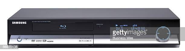 Samsung Electronics formally kicks off the era of Bluray today as it demonstrates its BDP1000 Bluray disc player here at CES The new device will let...
