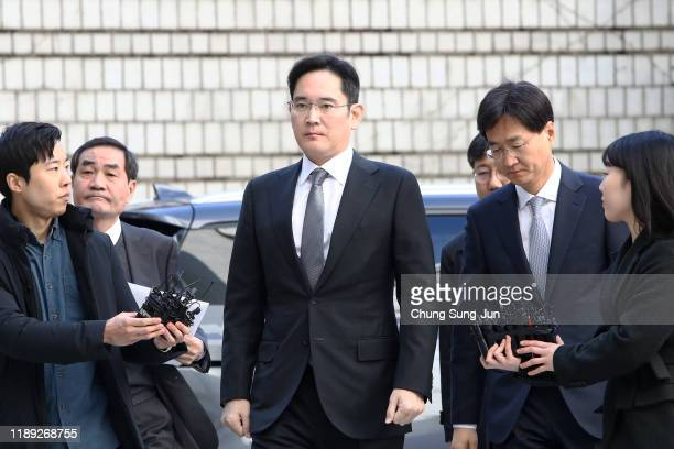 Samsung Electronics Vice Chairman Lee Jae-yong arrives at the Seoul High Court on November 22, 2019 in Seoul, South Korea. Samsung scion Lee Jae-yong...