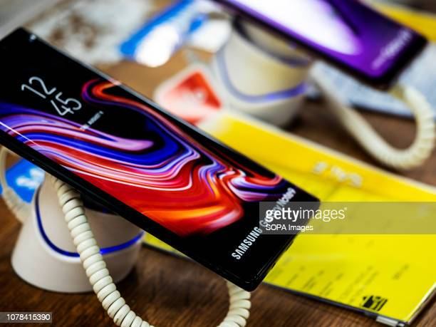 Samsung Galaxy Note 9 phone seen in the store