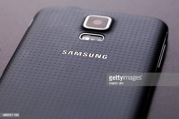 samsung galaxy s5 - samsung stock pictures, royalty-free photos & images