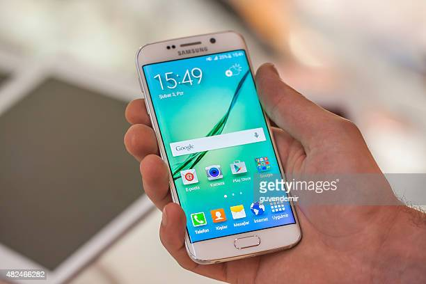 Samsung Galaxy S6 Edge in hand