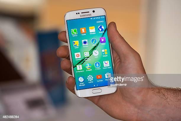 Samsung Galaxy S6 Edge in hand