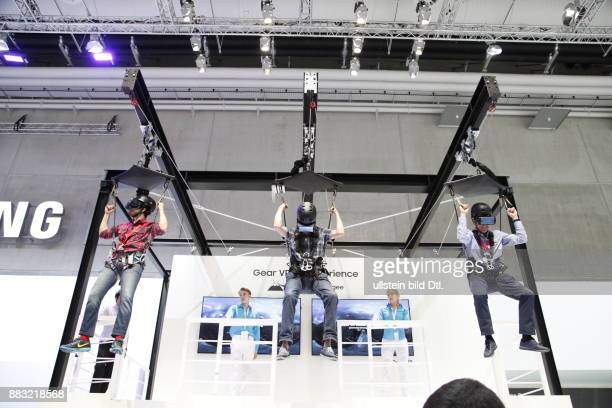 Samsung Gear VR 4D Experience Brille auf der IFA 2016