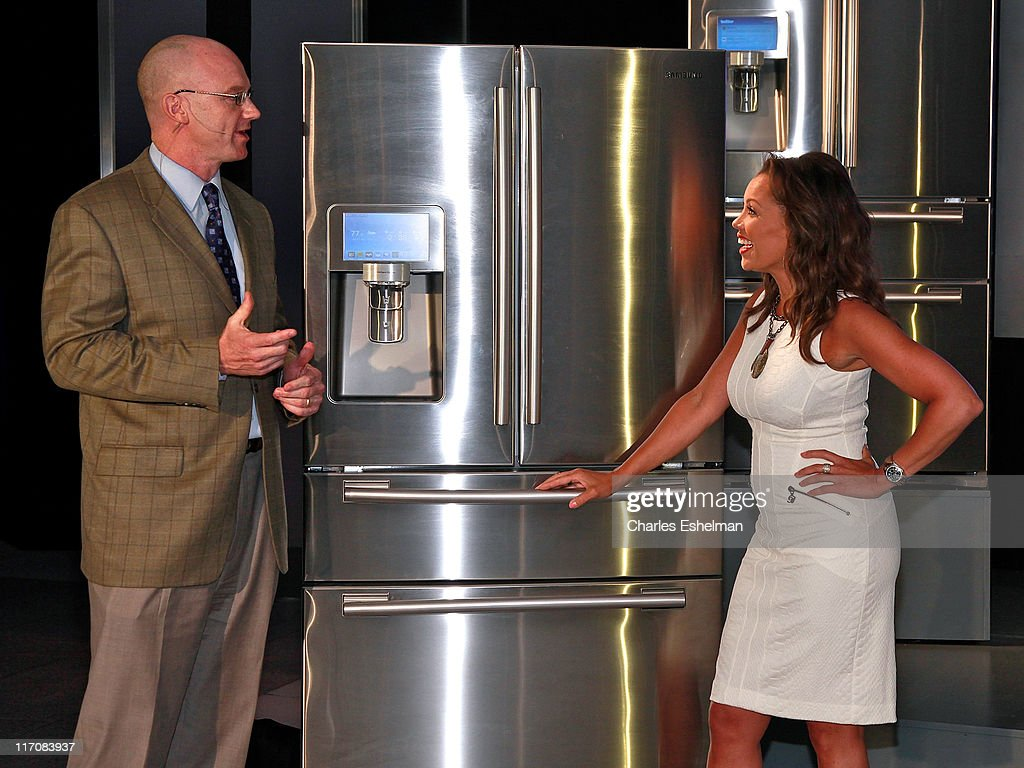 Samsung Sr Vp Home Appliance Sales And Marketing Kevin Dexter And News Photo Getty Images