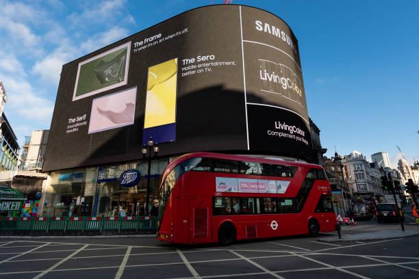 GBR: Samsung Launches LivingColour Paint Range To Compliment Lifestyle TV's