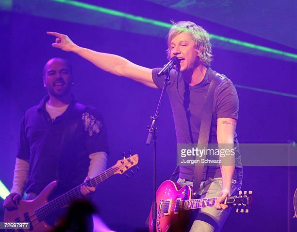 Samu Haber of the Finnish band Sunrise Avenue performs at the television music show 'The Dome 40' December 1 2006 in Duesseldorf Germany
