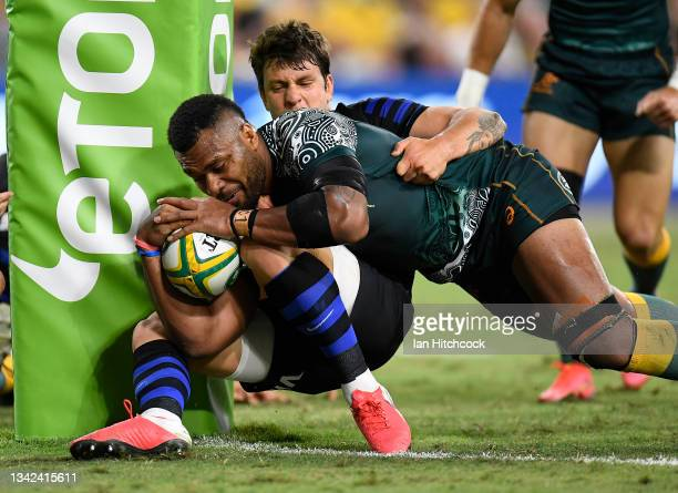Samu Kerevi of the Wallabies scores a try during The Rugby Championship match between the Australian Wallabies and Argentina Pumas at QCB Stadium on...