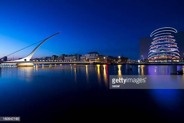 samuel ponte di beckett - dublino irlanda foto e immagini stock